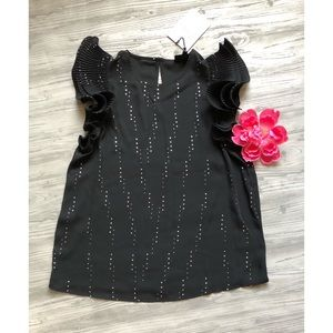 NWT Black Blouse with Ruffles 🖤size x small